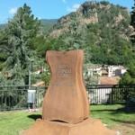 Monument JT