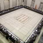 IMPORTANT. El president de la Generalitat, Carles Puigdemont, convoca agents polítics, econòmics, socials i institucionals a una reunió per analitzar la situació política i social que ha de permetre la convocatòria d?un referèndum.  En acabar, el Govern informarà del contingut de la trobada. 23/12/2016 17:30 | | Barcelona - Parlament de Catalunya (Barcelonès)