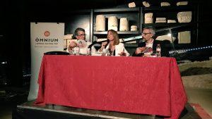 Ester Franquesa, entre Jordi Ballesteros (esquerra) i Jordi Subirana.