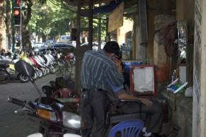 El senyor Hieu - Reparador de bicicletes ... continúa a la mateixa cantonada