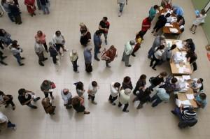 Colas-para-votar-en-las-elecci_54437677990_54028874188_960_639
