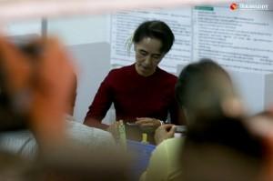 Suu-Kyi-ballot