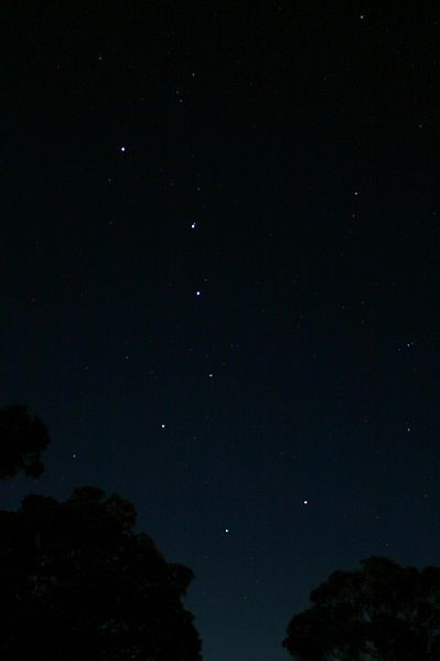399px-Big_dipper_from_the_kalalau_lookout_at_the_kokee_state_park_in_hawaii