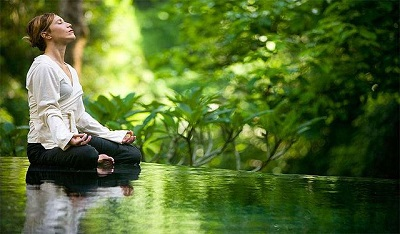 Meditation_in_a_yoga_asana - ample 400
