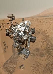 Self-Portrait_by_Curiosity_Rover_Arm_Camera