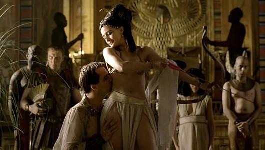 James Purfoy com a Marc Antoni i Lyndsey Marshall com a Cleòpatra