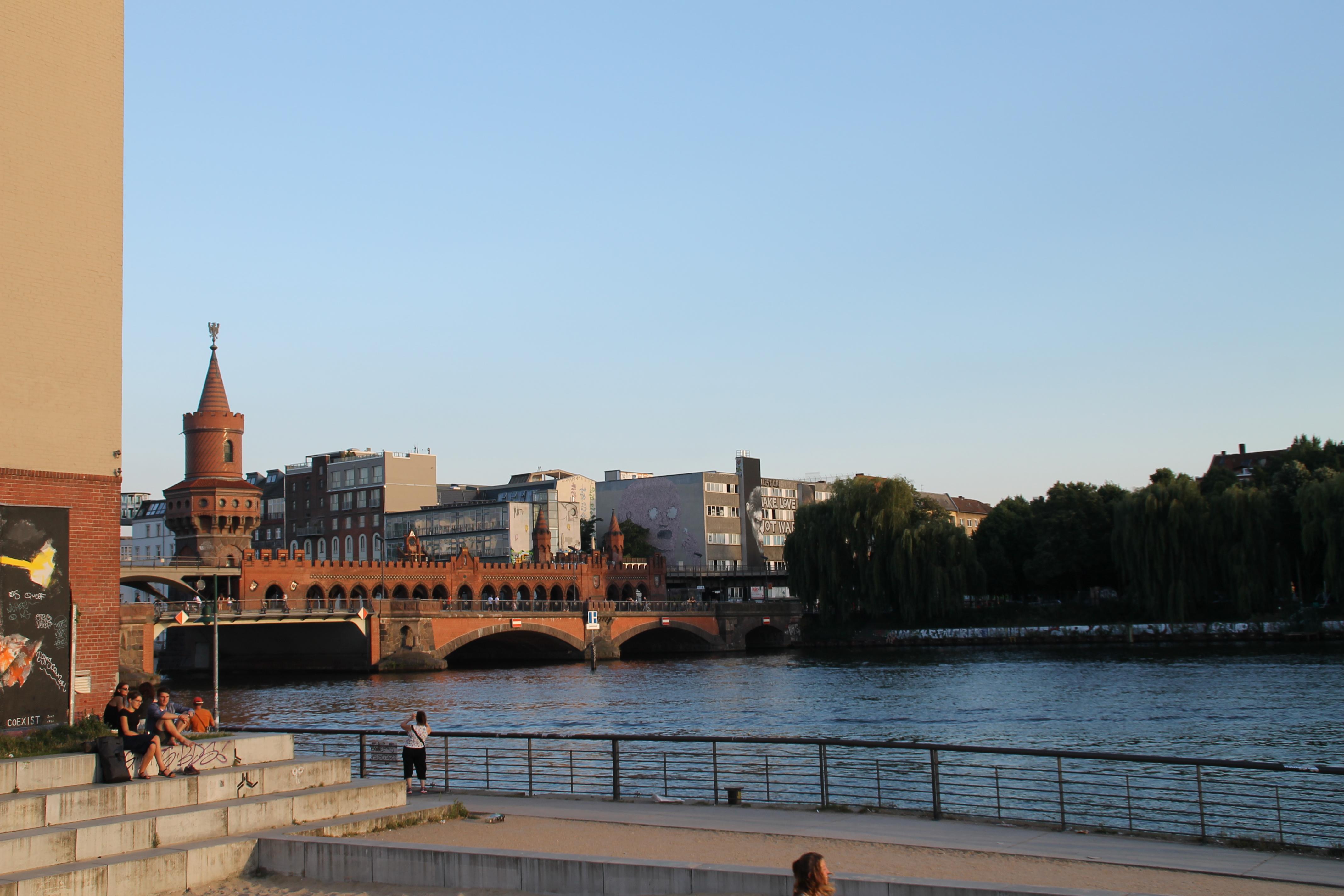 Oberbaumbrücke sobre el riu Spree