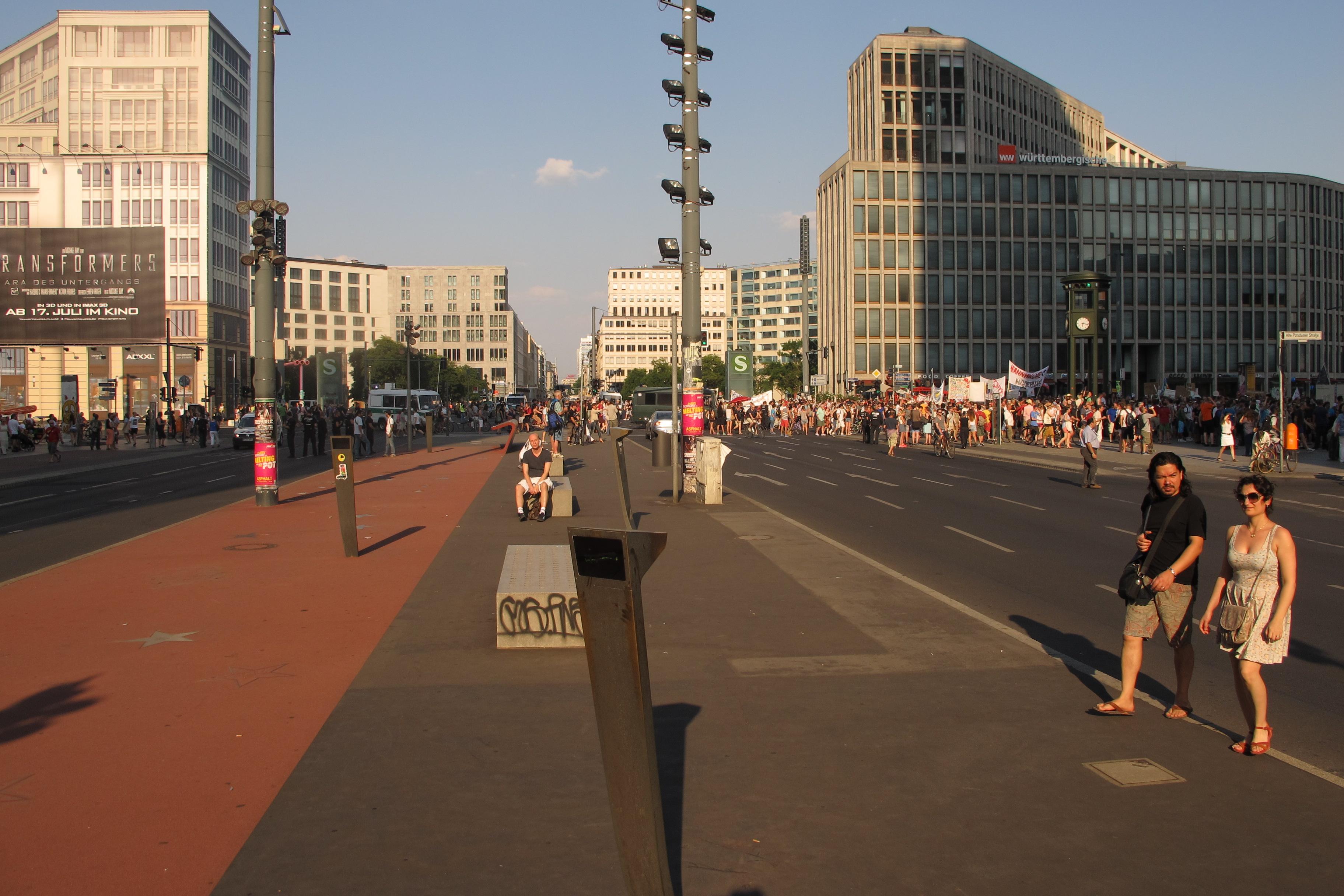 Manifestació contra els bombardejos de Gaza a la Postdamer Platz (2)