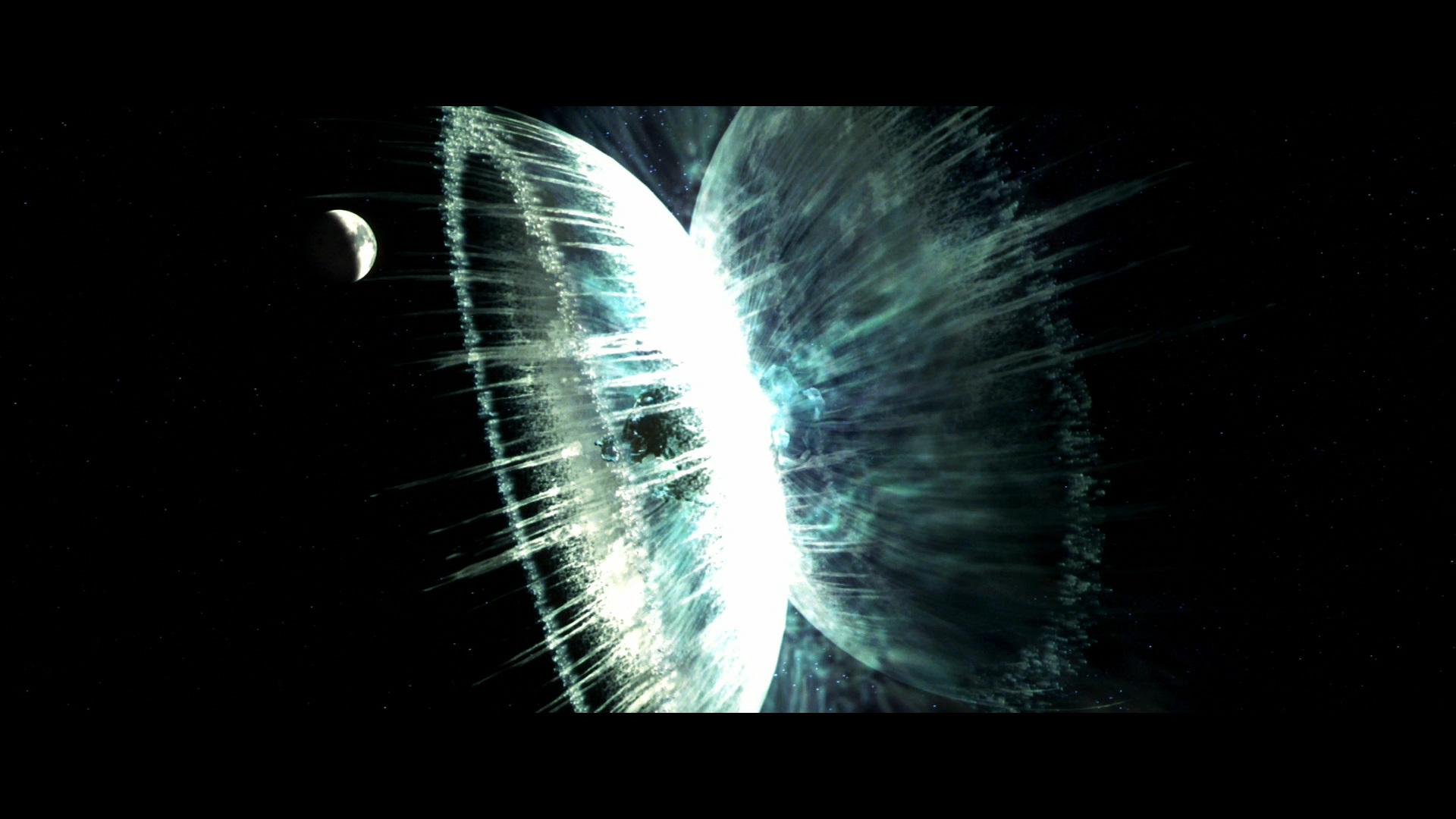 Imatge del film Armageddon, interpretació visual de l'explosió atòmica provocada de l'asteroide que salva el planeta Terra de la seva destrucció.