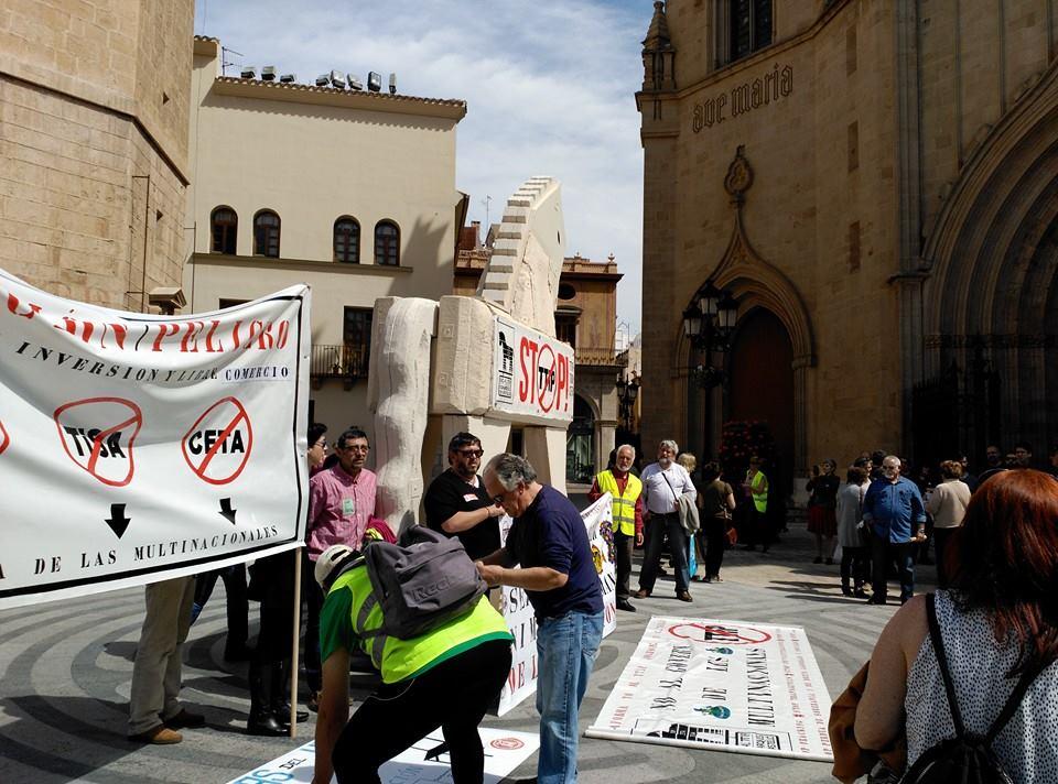 Aquest cavall es portarà a la manifestació de València que es farà a la vesprada.