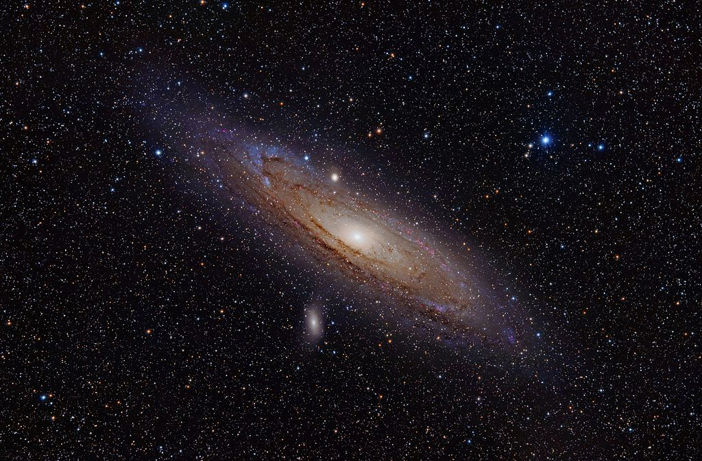 Andromeda_Galaxy_(with_h-alpha)