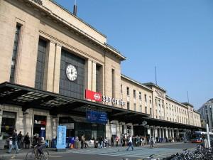 Gare_de_Cornavin,_entrée_principale
