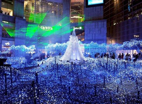 Il·luminacins nadalenques al centre de la ciutat