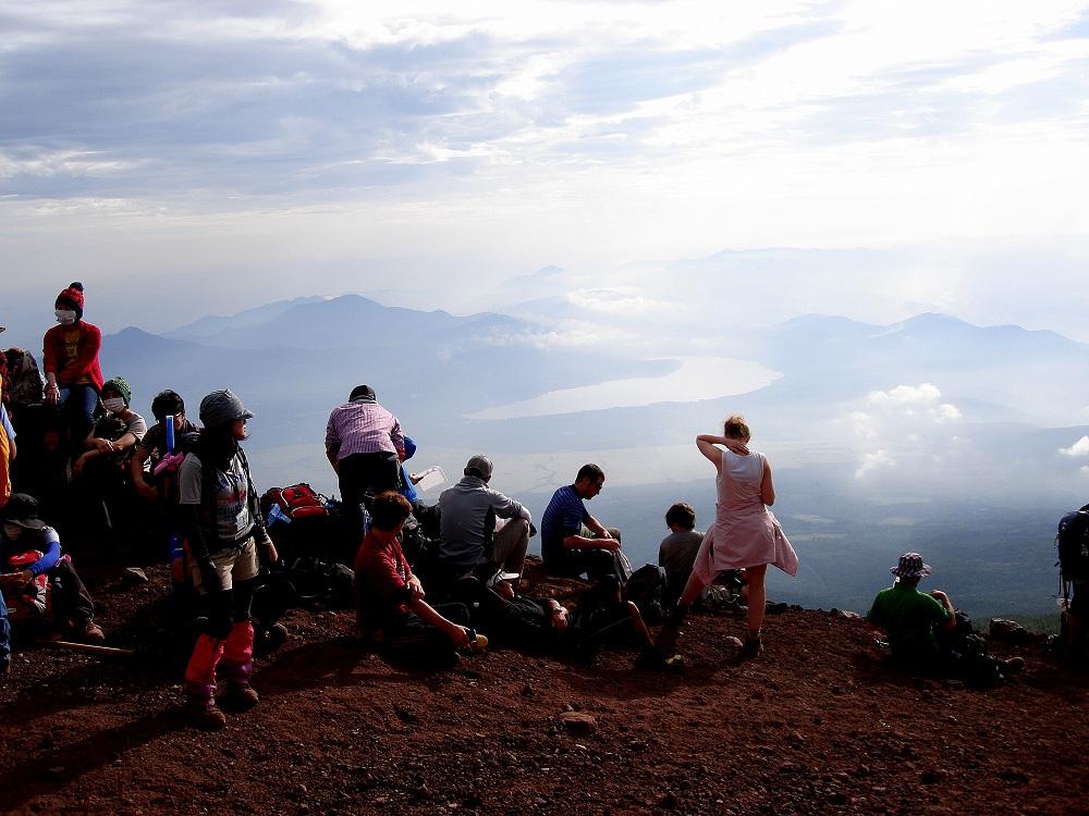 Sortida del sol en un descans baixant del Fuji