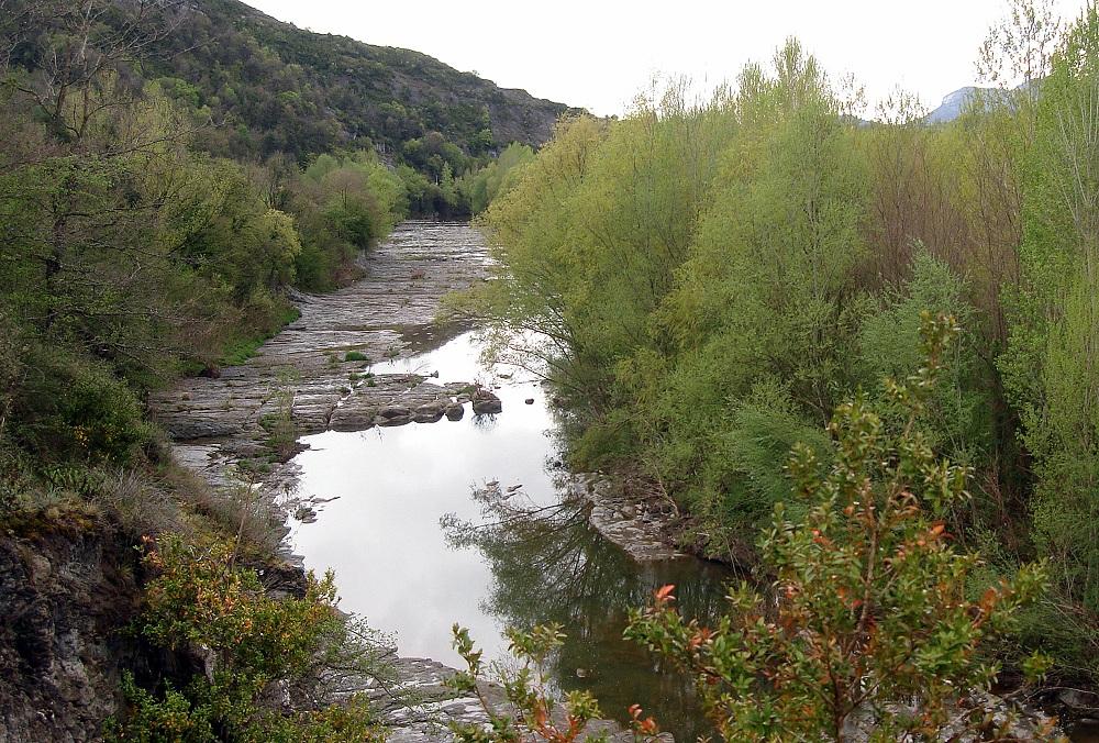 El riu als nostres peus