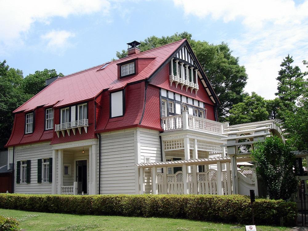 Casa d'estil occidental. Totes les cases reconstruïdes al museu es poden visitar