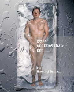 Font: http://www.gettyimages.es/detail/foto/naked-man-frozen-in-ice-fotograf%C3%ADa-de-stock/sb10069753c-001