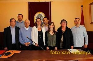 Els regidors i regidores del nou govern d'Arenys de Mar, format per ERC, PSC, CiU i ICV, però no per la CUP, tot i haver signat la moció de censura.