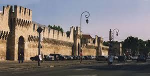 Avinyó muralles