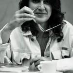 Ada Castells fa un curs de novel·la romàntica.