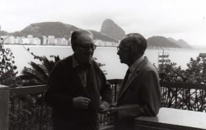 Joan_Brossa_i_Joao_Cabral_de_Melo_a_Rio_de_Janeiro_1993._Fotograf_desconegut